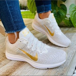 🔑Nike Zoom Golden comfy running Day 🔑New In box